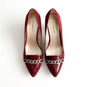 Bandolino Cranberry Heels with Chain Detail